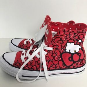 Converse Womens 7 Red Sneakers Hello Kitty Chuck